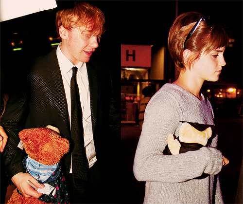 Rupert and Emma with their teddy bears.