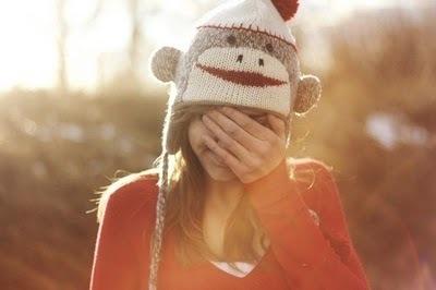 Eu queria poder voltar no tempo pra corrigir tudo o que não deu certo agora, eu queria evitar coisas.. queria apagar lembranças.. queria apenas não sentir isso agora.