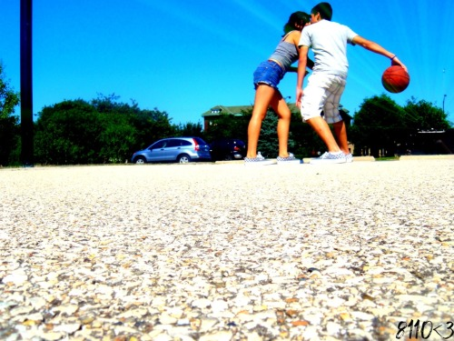 Playful Relationship. I want a relationship where i can beat you on any sport, where we both laugh and have fun,i want to see what you good at, a relationship where no one can't stop us from playing what we love to play, i want to hold you and teach you how to play the game right. i just want to see you smile. a relationship where i can be myself,a relationship where i can be weird out with you because no matter how weird i am, you will always accept me from who i am. PHOTO:@fckyeahcutecouples