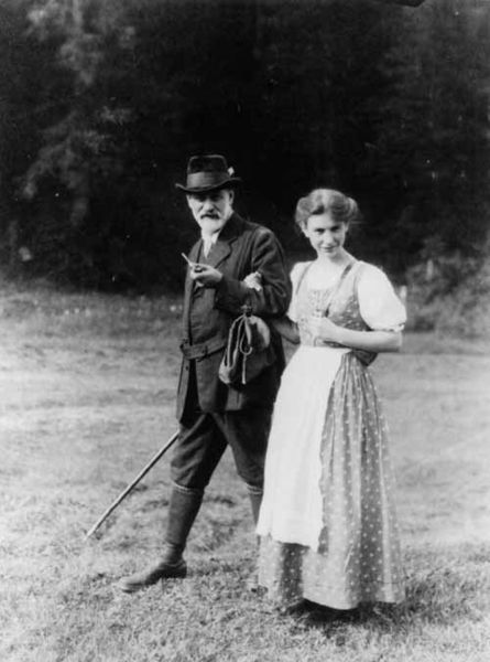 Sigmund and daughter, Anna Freud.