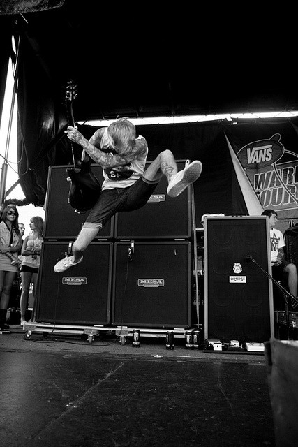 cemeteryinthecloset:   Bring Me The Horizon - Warped Tour 2010 Uniondale by Derek Bremner on Flickr.