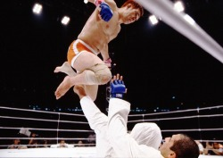 Kazushi Sakuraba is probably the best japanese mma fighter to ever live. even in his old age he's still got that legendary aura about him.