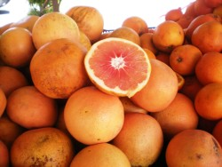 Ruby Red Grapefruits! Farmer's Market, Carlsbad, CA