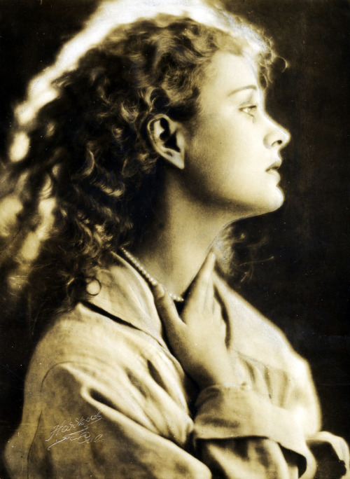 Dolores Costello, 1926