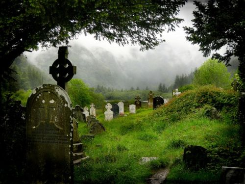 Saint Kevin (Glendalough) cemetery, County Wicklow, Ireland from flickr.com