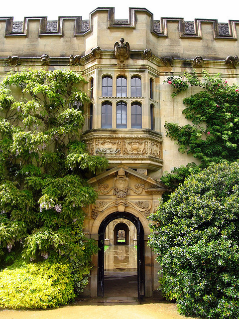 enchantedengland:  sunsurfer:Archways, Oxford, England photo by spatialmongrel