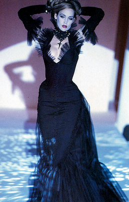 mecreatingme:  Jerry Hall for Thierry Mugler