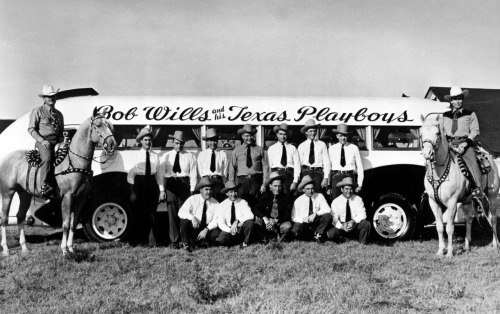 atomicfleck:  Bob Wills and His Texas Playboys, late 1940s.