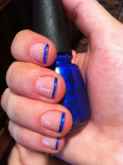 I like this manicure for my bad days. Instead of putting on one base coat of my Nail Hardener I put on 2. However two coats of that hardener and 2 coats of a polish and a top coat make long-term wear impossible, So I just add one coat of polish on the tip =]*note* you can tell it's a bad day by looking at the tips.. all chipped and uneven*2nd note* I'm still trying to figure out how to keep my polish from running along the french guides. I'll work on straightening those lines!China Glaze, Frost Bite