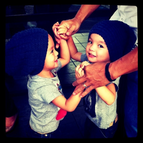 freshxfacexera:  My twin nephews  I love my boys ^ __ ^
