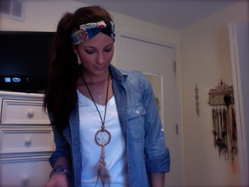 yes or no to selling these dream catcher necklaces?