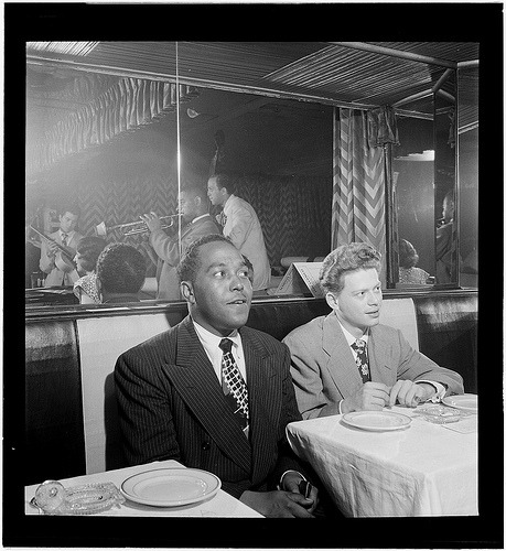 [Portrait of Charlie Parker, Red Rodney, Dizzy Gillespie, Margie Hyams, and Chuck Wayne, Downbeat, New York, N.Y., ca. 1947] (LOC) (by The Library of Congress)