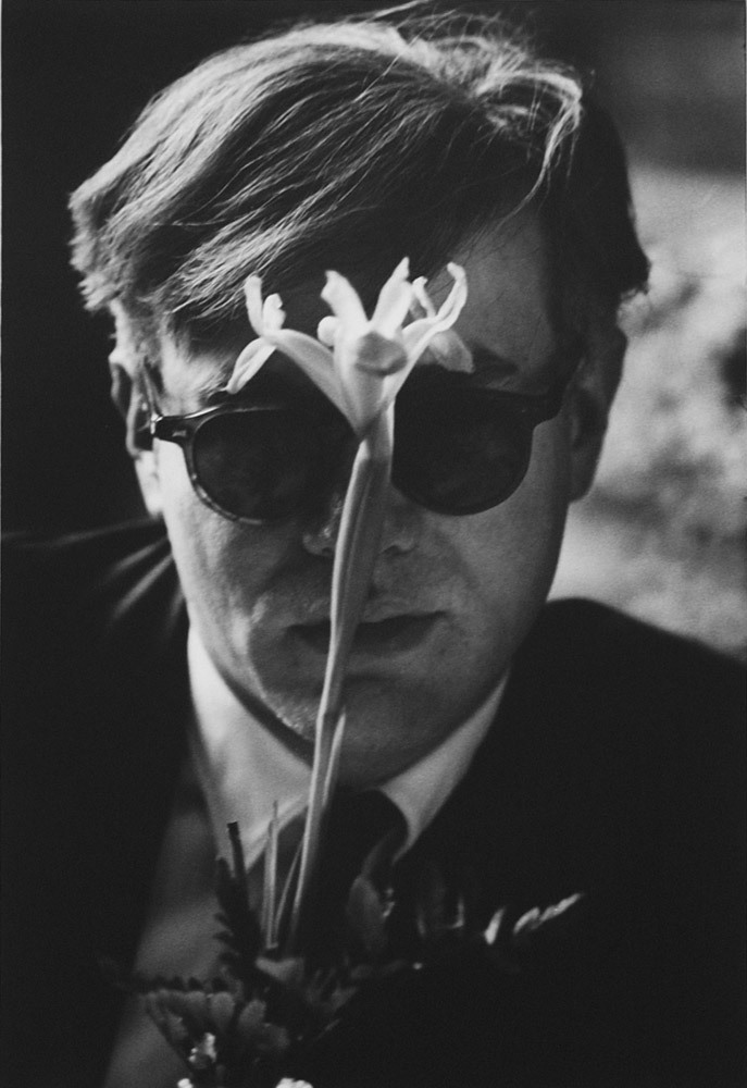 Andy Warhol With Flower (1963). Dennis Hopper. (Source)