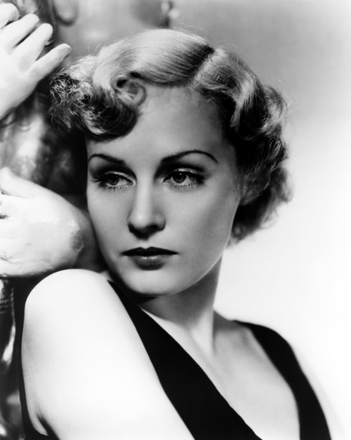 Madge Evans (July 1, 1909 – April 26, 1981) was an American stage and film actress. She began her career as a child performer and model.