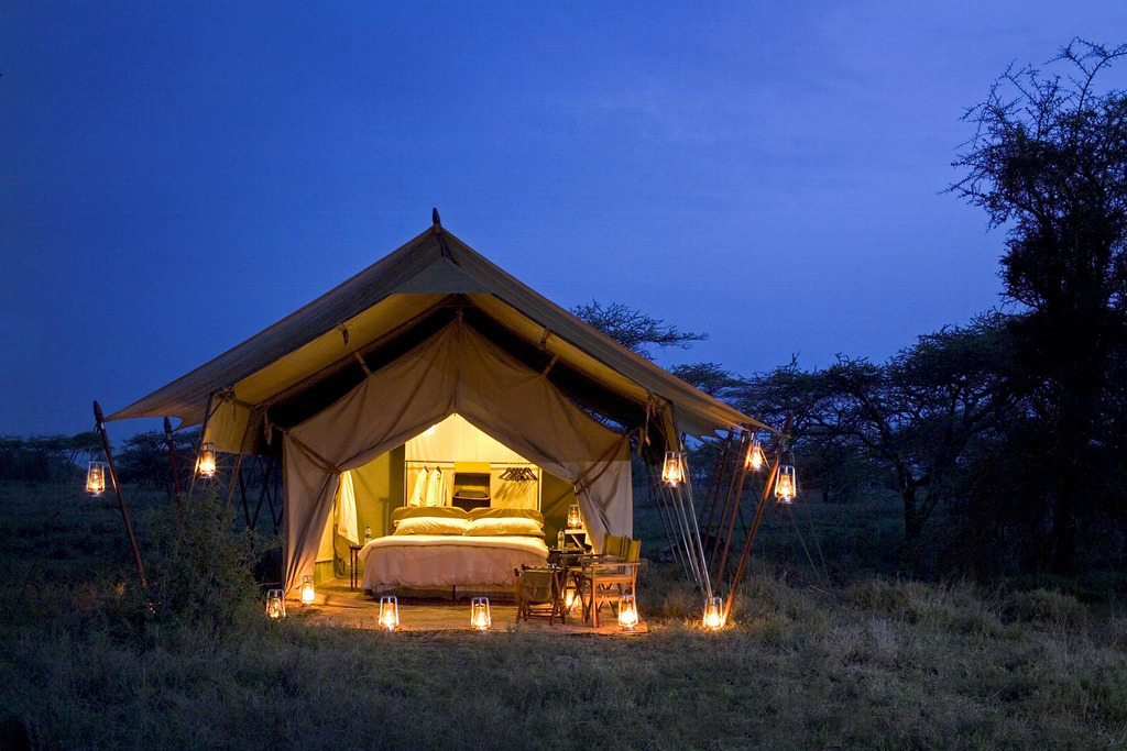 myidealhome:  luxury tented safari camp, Serengeti Under Canvas (more here)