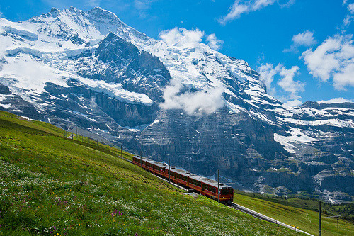 allthingseurope:  To the Jungfrau, Switzerland (by Thierry Hennet)