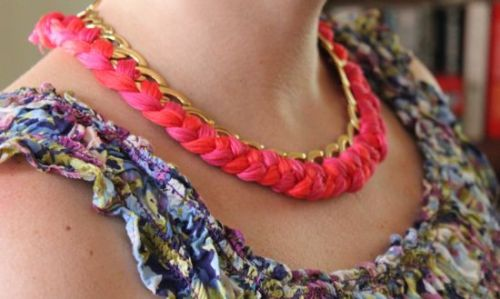 (via DIY Woven Chain Necklace | henry happened)