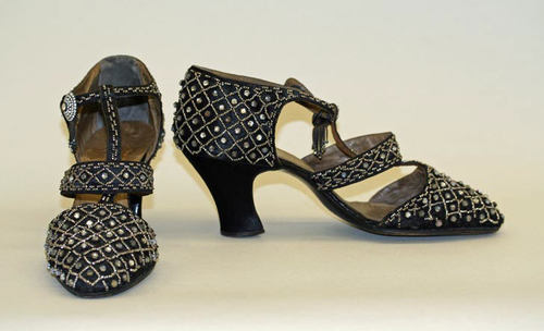 Evening shoes ca. 1921-1925 via The Costume Institute of the Metropolitan Museum of Art