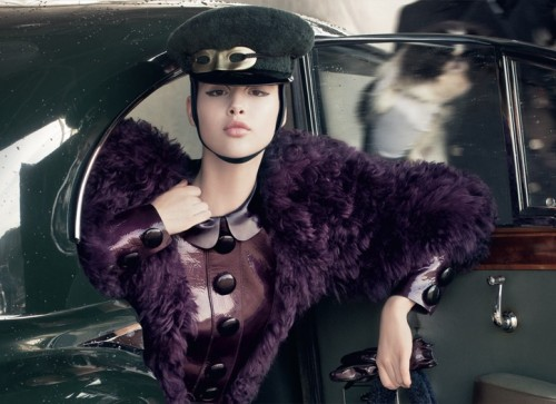Louis Vuitton's Fall/Winter 2011 Ad Campgaign