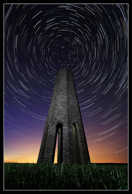 thestartrail:  Daymark Startrail by RattyBoots on Flickr.