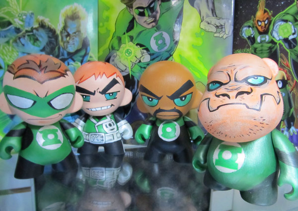 Daily Geekstomization: Green Lantern Corps Munnys and Bub by KidNotorious on deviantART. Check out the Daily Geekstomization Archives for more geeky custom toys!