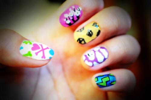 jeremiahdelacruz:  My Tokidoki inspired nails :)