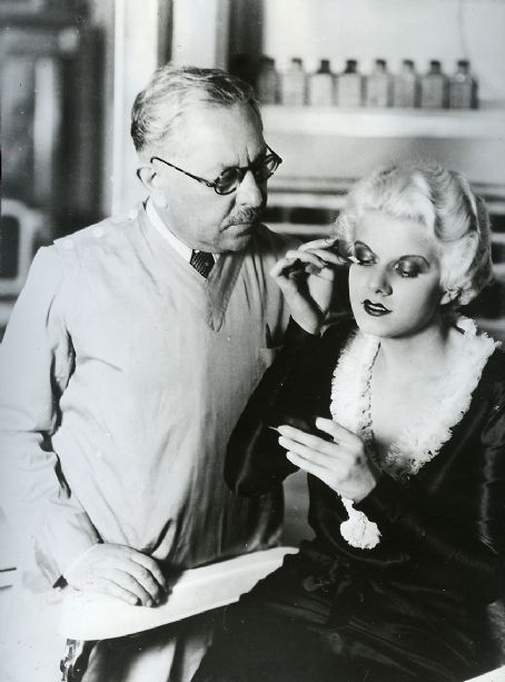 fuckyeahjeanharlow:  Doing her makeup with Mr. Max Factor.