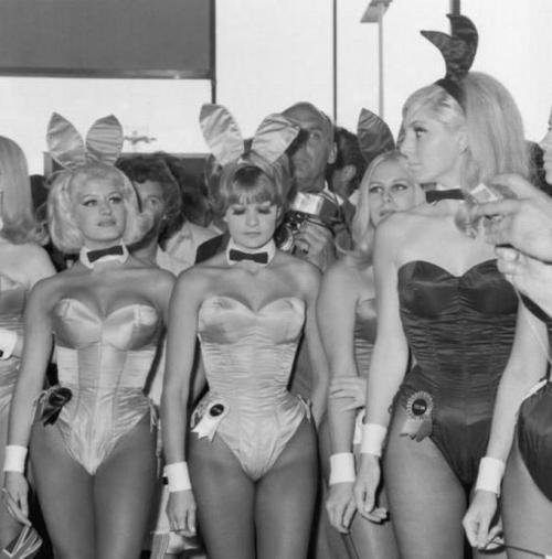 hollyhocksandtulips:  Playboy bunnies