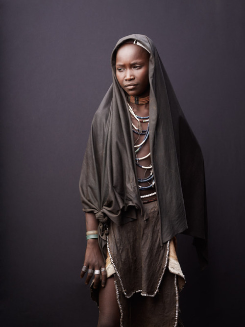 joeylphotographer:  Study of Arbore Girl    Arbore tribe, Lower Omo Valley, Ethiopia© JOEY L