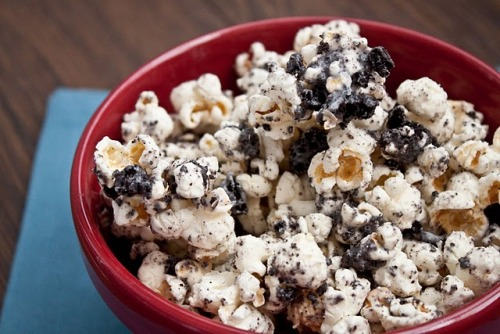 Cookies and Cream Popcorn  WHAAAAAT