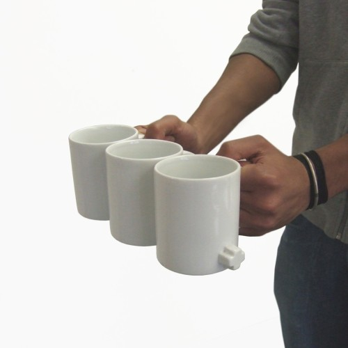 Mugs that link. You can carry three at once!