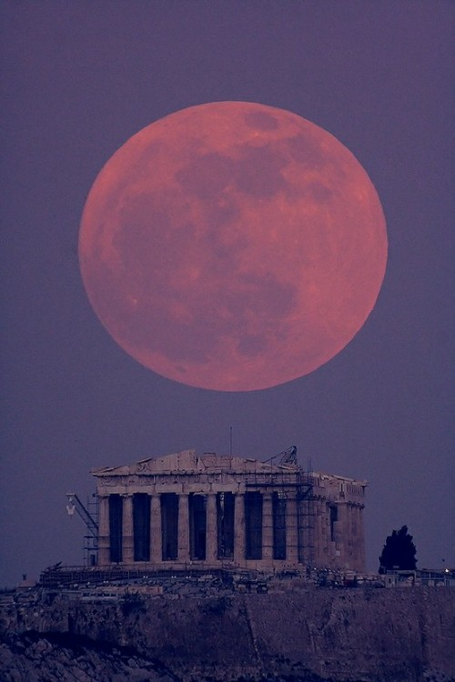 Jan 19, 2011 - Super moon above the parthenon by Anthony Ayiomamitis