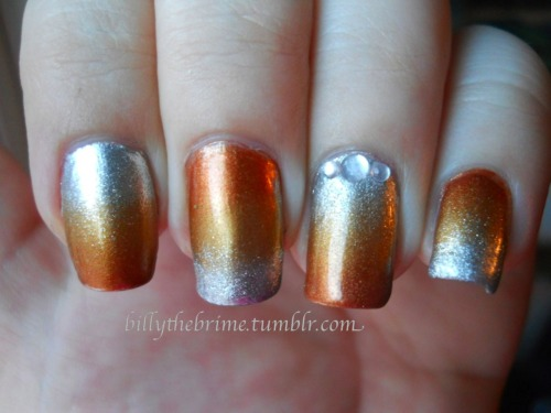 Nail Art Challenge Design 5: Gradient Colors used: Milani- Gold Lamé Zoya- Penny L.A. Colors- Live