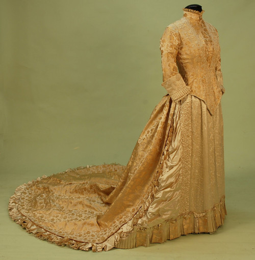 oldrags:  Wedding dress, shoes and accessories, 1880