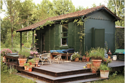 abangupjob:  Isabel Marant's country cottage