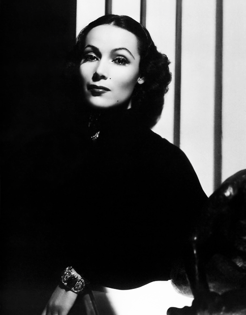 missavagardner:  Dolores Del Río photographed by George Hurrell, 1937.
