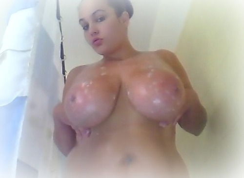 #TittyTuesday Shower Soapy Wet Pic ;) Sorry for the crap quality, taken w/ my laptop cam… Hope u likie