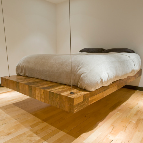 micasaessucasa:  suspended bed by brcdesigns