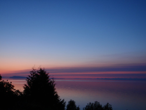 Layers in the Qualicum sky.