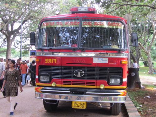 Indian Fire truck! (prolly only one I'll ever see here) Taken at Lalbagh Botanical Gardens, Bangalore.