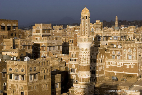 thearabesque:  Sanaa's skyline, Yemen by Stefano Politi Markovina on Flickr.