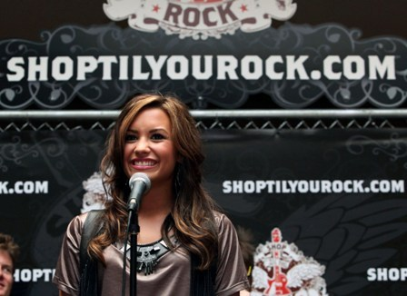 Singer Demi Lovato at Glendale Galleria, Los Angeles, for Shop Til You Rock.