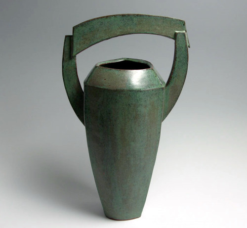 Barbara Fehrs: Vessel with Arched Handle