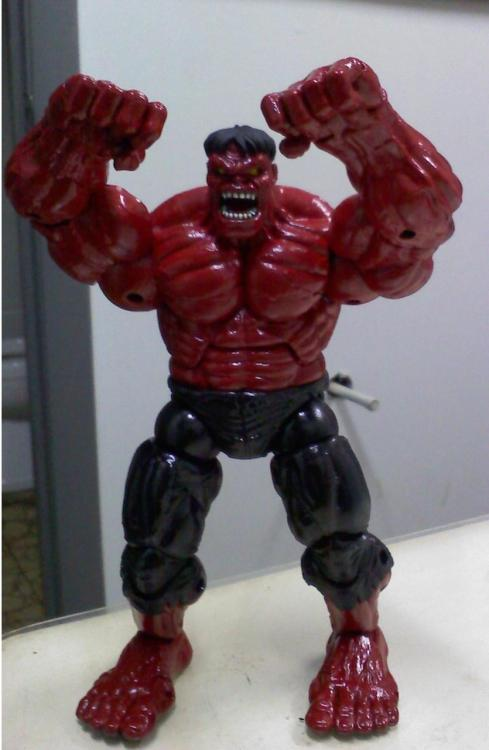 Custom Red Hulk figure, Repaint of a green hulk
