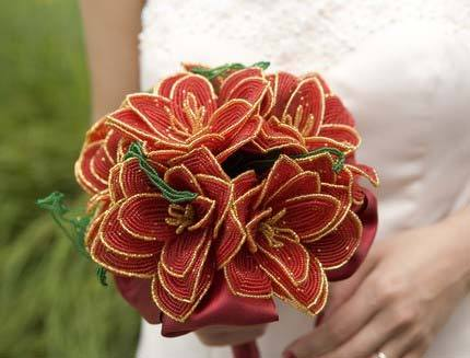 andmarriage:  Pretty, non-floral beaded bouquet