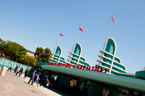 kewiphotography:  Disneyland; California Adventure - Entrance!