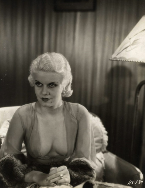 Jean Harlow in Iron Man (1931), a drama film directed by Tod Browning Image Source