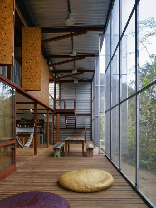remash:    r.r. house | porch closed ~ andrade morettin arquitectos