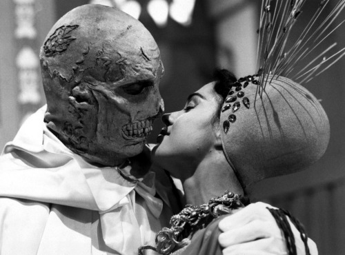 strangewood:  The Abominable Dr. Phibes // dir. Robert Fuest