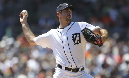 Justin Verlander has some incredible stats… even MVP like numbers, so far he sits at: 19-5 2.28 ERA 212 strikeouts 0.88 WHIP ——- He has 7 more starts projected…. how incredible would it be if he won all 7 games? He would of won 26 games in the regular season. That has not been done since 1990 when Bob Welch of the A's won 27 games. It's a long shot but…. what if?